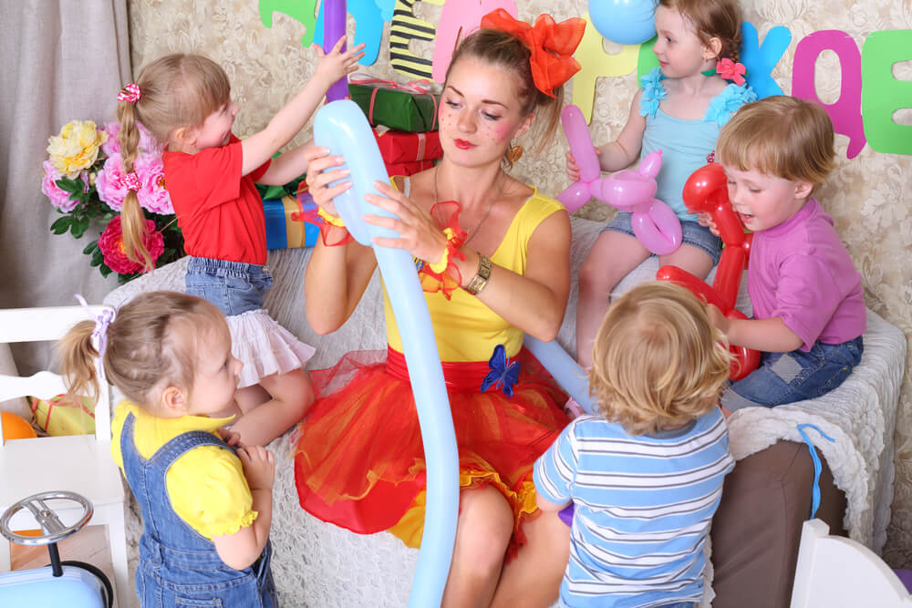 How To Organise Your Kids Party Entertainment In Adelaide